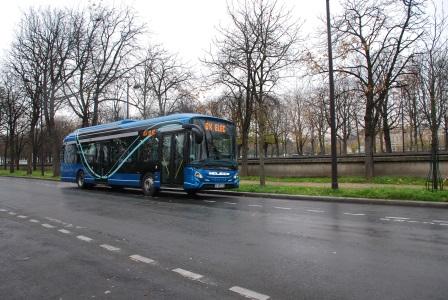 bus d 39 occasion et neufs vendre d couvrez nos autobus d 39 occasion et neufs disponibles l. Black Bedroom Furniture Sets. Home Design Ideas